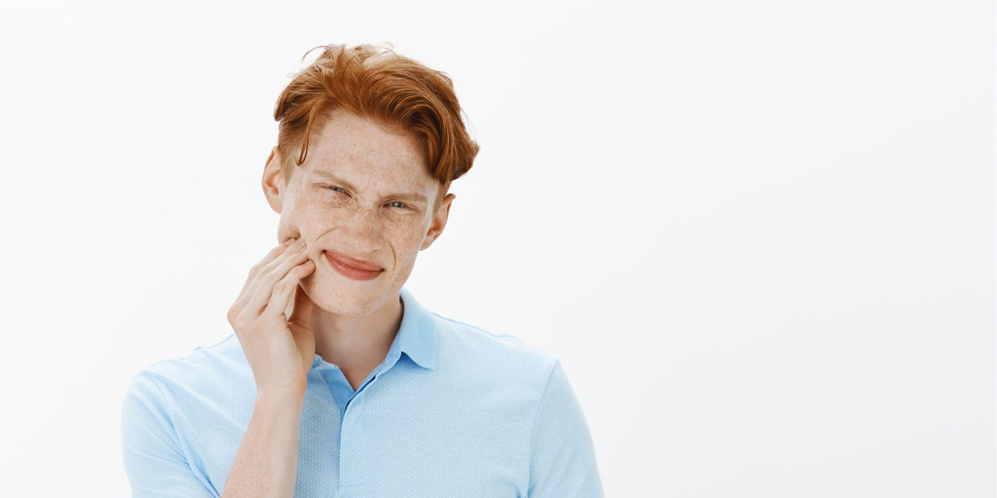 Izlazi s muškarcem bez zuba